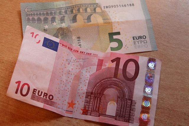 2 dolarové bankovky