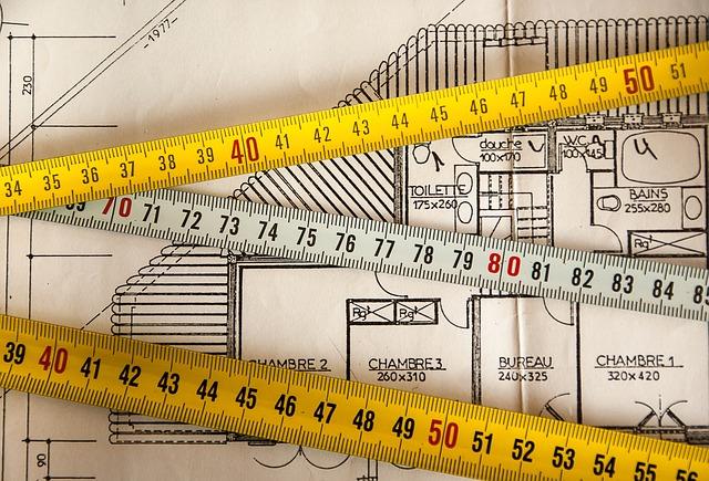 plán bytu a metry na měření