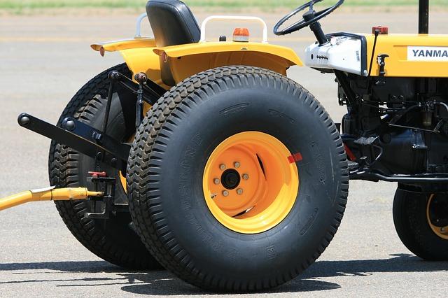 Tažné zařízení za traktorem